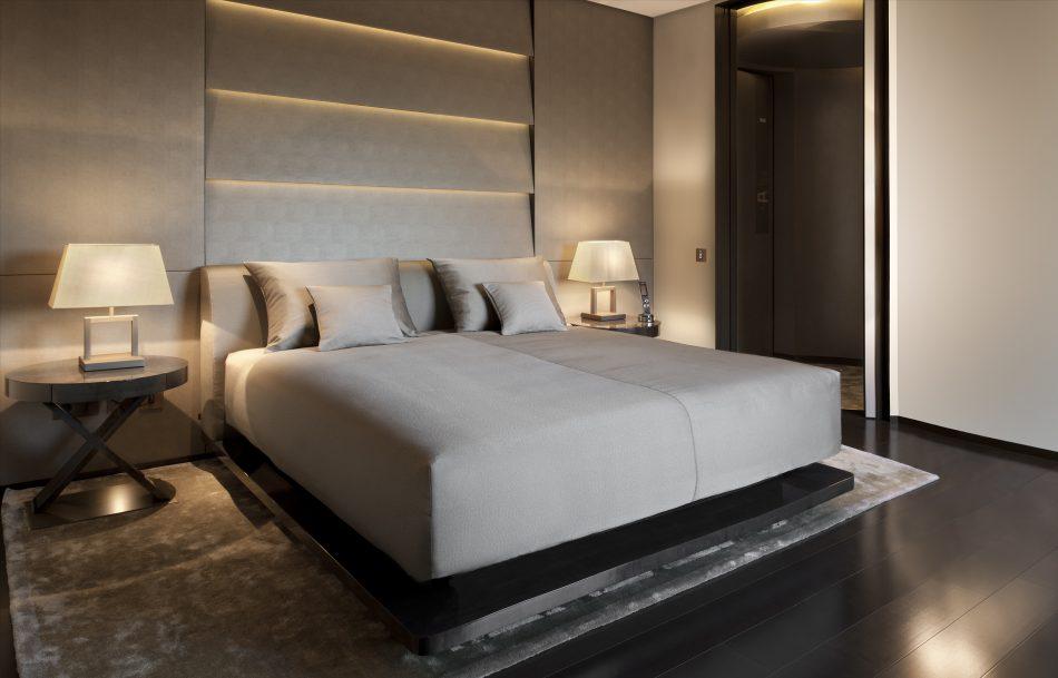ArmaniHotelMilano_Guestroom1