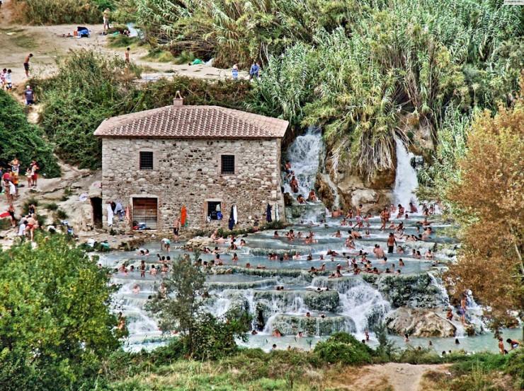 Saturnia-bath-Tuscany