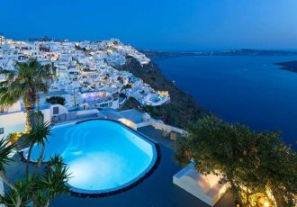 amazing-escapes-in-santorini