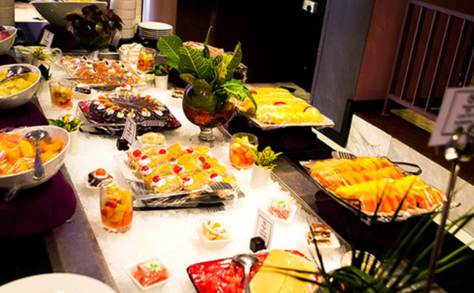 buffet-at-papillon