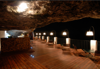 the-summer-cave-restaurant-02
