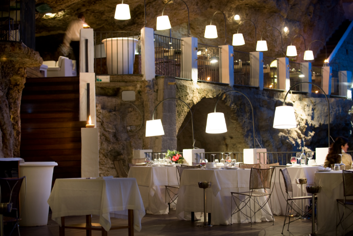 the-summer-cave-restaurant-07