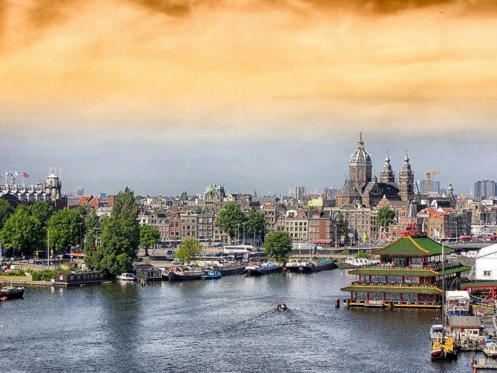 amsterdam-landscape-historic-buildings