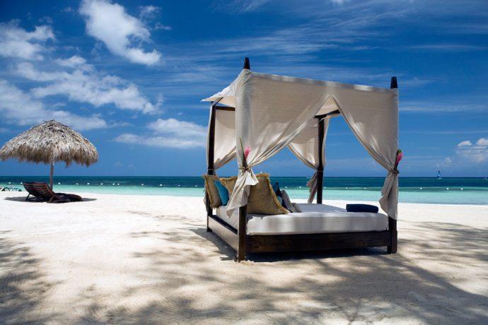 beach-honeymoon