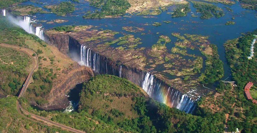 zambezi-river-victoria-falls-zambia
