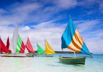 mauritius-colourful-boats